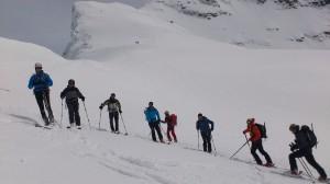 Eski konponketa ikastaroa—Curso Básico de mantenimiento de esquís.