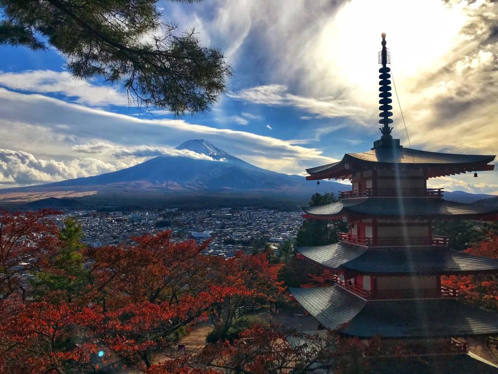 Ane Gorordo - Fuji, japoniako distira! (Chureitoko pagodatik. Japonia)